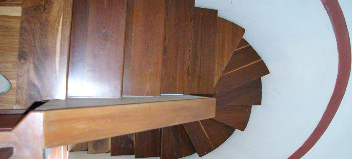 Escaleras de madera instalaci n y restauraci n for Escalera madera sodimac